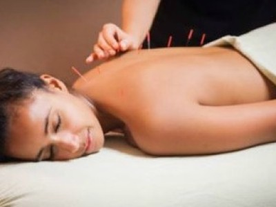 We offer a whole array of therapies for various needs. If you're suffering with acute pain and need a little extra help to get through we have chiropractic, acupuncture, Bowen technique. For general wellbeing we offer massage, reflexology and much more.