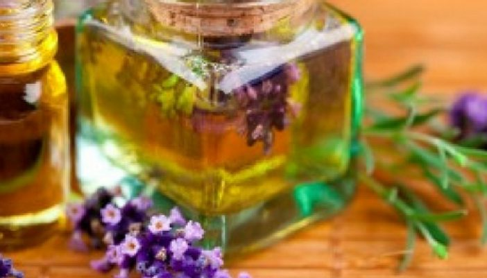 Aromatherapy for your Family First Aid Kit